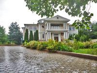 11-комнатный дом, 1350 м², 50 сот.