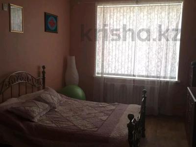 3-комнатная квартира, 138 м², 5/5 этаж, Ескалиева за 37 млн 〒 в Уральске — фото 6
