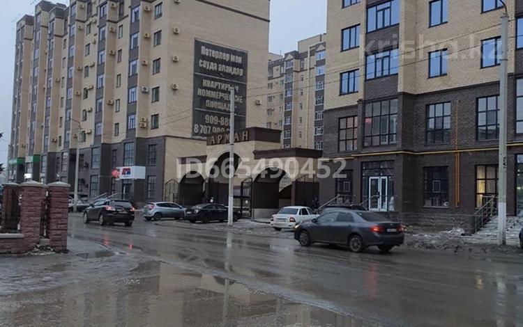 4-комнатная квартира, 127 м², 6/10 этаж, Алии Молдагуловой 30б за 50 млн 〒 в Актобе