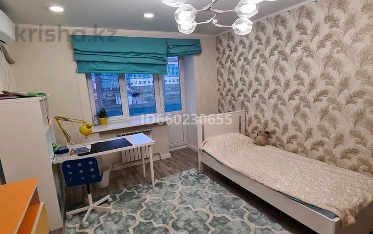 1-комнатная квартира, 39 м², 3/10 этаж, проспект Казыбек би 36 за 12.7 млн 〒 в Усть-Каменогорске