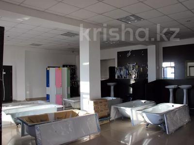 Здание, площадью 2600 м², Молокова за 340 млн 〒 в Караганде, Казыбек би р-н — фото 3