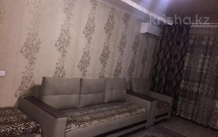1-комнатная квартира, 46 м², 4/5 этаж посуточно, Тауелсыздык — Казахстанская за 7 000 〒 в Талдыкоргане