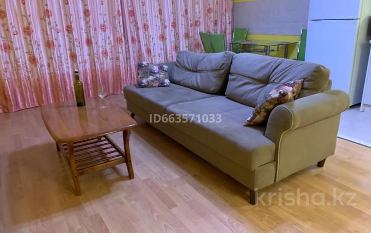 2-комнатная квартира, 65 м², 3/19 этаж помесячно, Масанчи 98а за 180 000 〒 в Алматы, Бостандыкский р-н