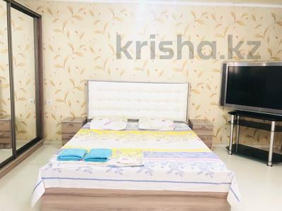 1-комнатная квартира, 33 м², 5/5 этаж посуточно, Райымбек 7 — Сейфуллина за 10 000 〒 в Алматы, Жетысуский р-н