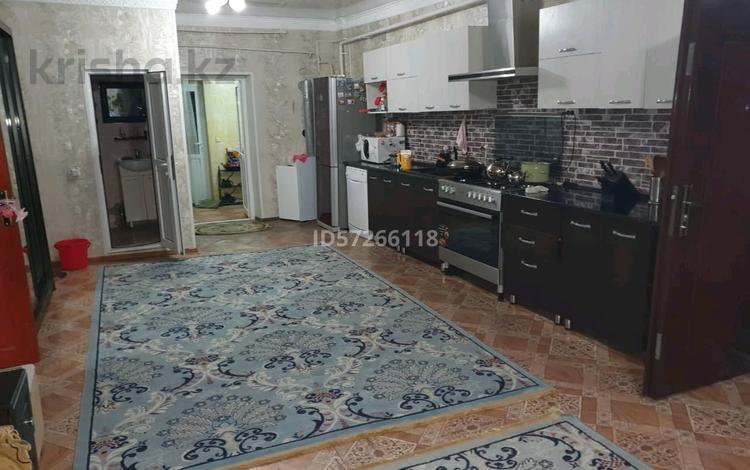 7-комнатный дом, 200 м², 39 сот., Набережная 18 за 28 млн 〒 в Екпендах