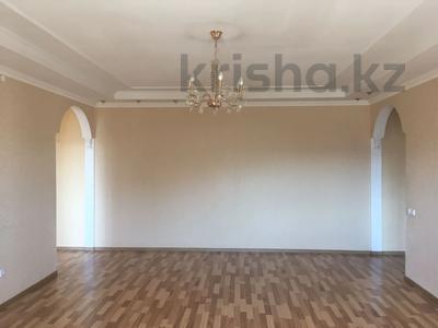 2-комнатная квартира, 71 м², 9/10 этаж, Сакена Сейфуллина 4/2 за 22.5 млн 〒 в Нур-Султане (Астане), Сарыарка р-н