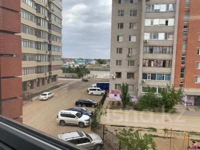 Здание, площадью 350 м², 12-й мкр 37А за 115 млн 〒 в Актобе, мкр 12 — фото 14
