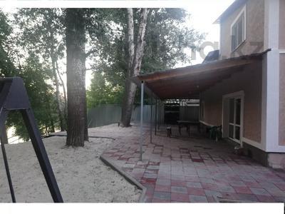 6-комнатный дом, 190 м², 7 сот., Самал-3 на Берегу р.Чаган за 40 млн 〒 в Уральске — фото 12