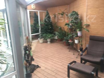 4-комнатная квартира, 263 м², 2/2 этаж, Ружейникова 15 — Ауэзова за 92 млн 〒 в Петропавловске — фото 3