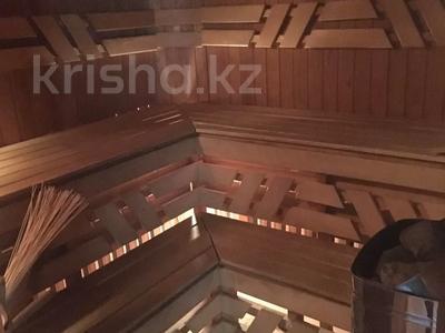 4-комнатная квартира, 263 м², 2/2 этаж, Ружейникова 15 — Ауэзова за 92 млн 〒 в Петропавловске — фото 8