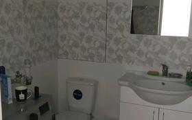 3-комнатная квартира, 68 м², 7/9 этаж, Карбышева 14 за 15.8 млн 〒 в Караганде, Казыбек би р-н