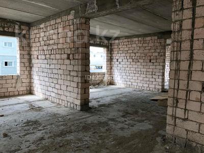 Здание, площадью 1250 м², 31Б мкр, Микрорайон 31Б за 220 млн 〒 в Актау, 31Б мкр — фото 25