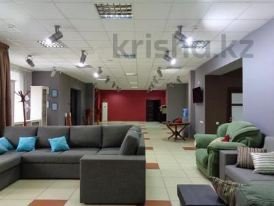 Магазин площадью 382 м², Молдагуловой 36 — Санкибай батыра за 121 млн 〒 в Актобе, Новый город — фото 3
