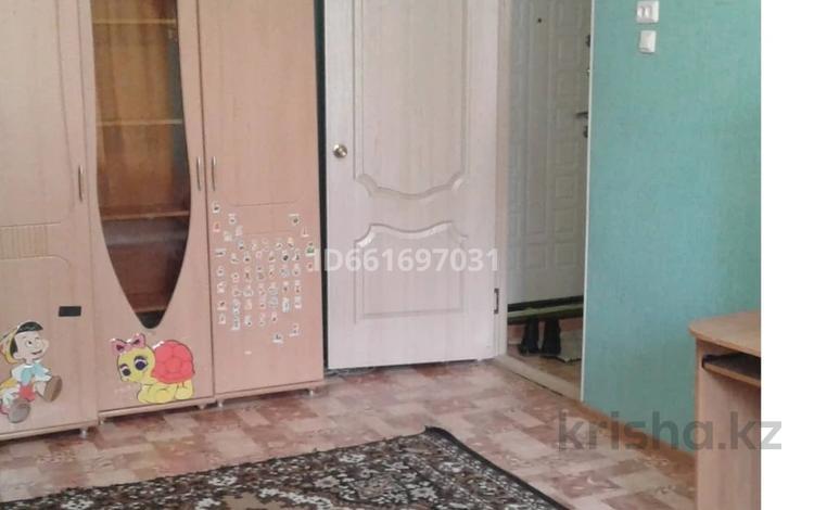 1-комнатная квартира, 30 м², 1/5 этаж, Тургенева 92 — проспект Абая за 5.2 млн 〒 в Актобе, мкр 5