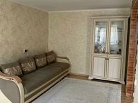 2-комнатная квартира, 46 м², 2/5 этаж, 12 микрорайон 22 за 9.5 млн 〒 в Караганде, Октябрьский р-н