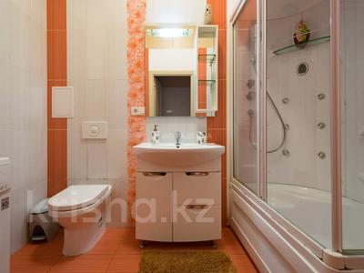 2-комнатная квартира, 51 м², 2/3 этаж посуточно, Желтоксан 103 — Казыбек Би за 12 500 〒 в Алматы, Алмалинский р-н — фото 5