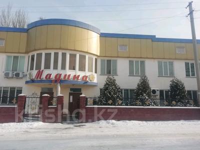 Магазин площадью 745 м², улица Казыбек би за 95 млн 〒 в Каскелене — фото 2