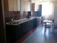 2-комнатная квартира, 72 м², 7/10 этаж посуточно