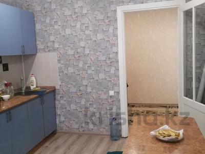2-комнатная квартира, 62 м², 1 этаж, Жалела Кизатова за 18.5 млн 〒 в Петропавловске