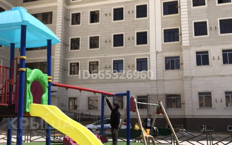 3-комнатная квартира, 130 м², 8/11 этаж, 17-й мкр 99 за 24 млн 〒 в Актау, 17-й мкр