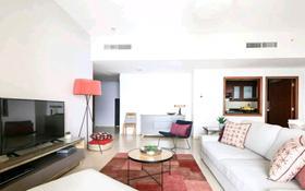 2-комнатная квартира, 67 м², 3/10 этаж посуточно, 11 мкр 114 за 12 000 〒 в Актобе, мкр 11