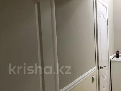 1-комнатная квартира, 45 м², 6/13 этаж помесячно, Навои 210/3 — Торайгырова за 170 000 〒 в Алматы, Бостандыкский р-н — фото 7