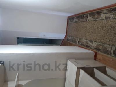 1-комнатная квартира, 40 м², 5/5 этаж помесячно, Мкр Мушелтой 18 за 60 000 〒 в Талдыкоргане — фото 4