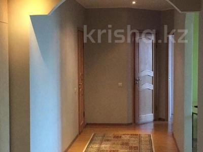 2-комнатная квартира, 70 м², 4/14 этаж, Хусаинова за 38 млн 〒 в Алматы, Бостандыкский р-н