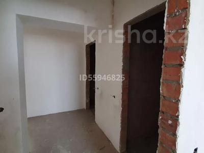3-комнатная квартира, 98 м², 7/9 этаж, Бастобе 33 за 27 млн 〒 в Нур-Султане (Астана), Есиль р-н — фото 2