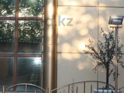 Здание, площадью 1550 м², Центральном за 300 млн 〒 в Таразе — фото 4