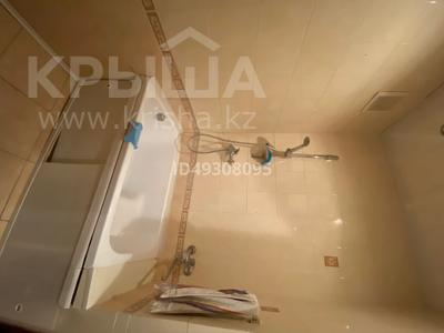 2-комнатная квартира, 60.3 м², 2/3 этаж, Абай за 6 млн 〒 — фото 8