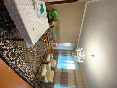 2-комнатная квартира, 60.3 м², 2/3 этаж, Абай за 6 млн 〒 — фото 9