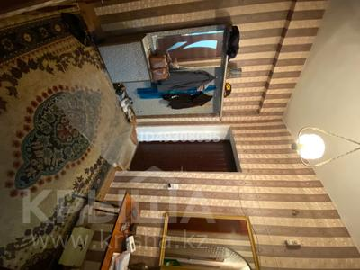 2-комнатная квартира, 60.3 м², 2/3 этаж, Абай за 6 млн 〒 — фото 11