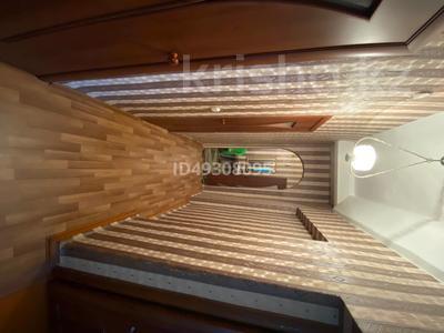 2-комнатная квартира, 60.3 м², 2/3 этаж, Абай за 6 млн 〒 — фото 2