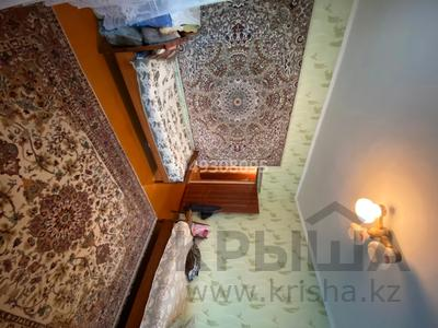 2-комнатная квартира, 60.3 м², 2/3 этаж, Абай за 6 млн 〒 — фото 5