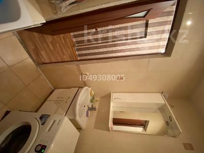 2-комнатная квартира, 60.3 м², 2/3 этаж, Абай за 6 млн 〒 — фото 7
