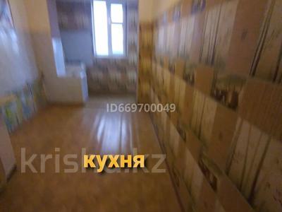 3-комнатная квартира, 65 м², 2/2 этаж, Шугыла мкр 47 за 9.5 млн 〒 в Жанаозен
