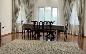 7-комнатный дом, 380 м², 12 сот., Айша биби 33 за ~ 100 млн 〒 в Алматы, Турксибский р-н