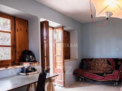 9-комнатный дом, 404 м², 200 сот., Баньолес за 357 млн 〒 — фото 27