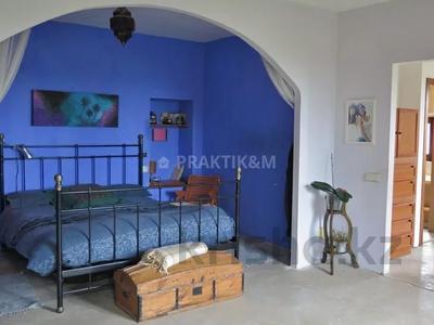 9-комнатный дом, 404 м², 200 сот., Баньолес за 357 млн 〒 — фото 41