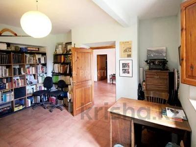 9-комнатный дом, 404 м², 200 сот., Баньолес за 357 млн 〒 — фото 62