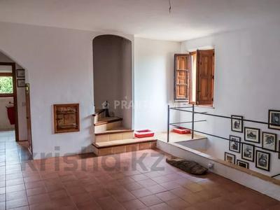9-комнатный дом, 404 м², 200 сот., Баньолес за 357 млн 〒 — фото 63