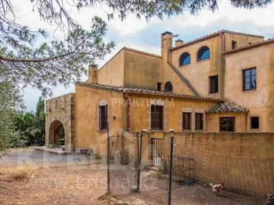 9-комнатный дом, 404 м², 200 сот., Баньолес за 357 млн 〒 — фото 79