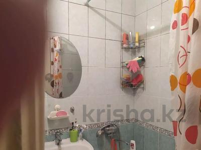 3-комнатная квартира, 64 м², 1/5 этаж, мкр Казахфильм, Исиналиева за 18.4 млн 〒 в Алматы, Бостандыкский р-н — фото 2