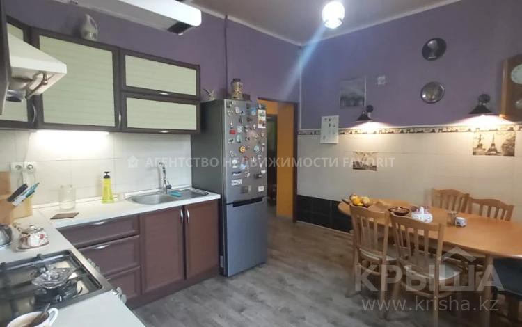 3-комнатная квартира, 80.2 м², 3/3 этаж, Назарбаева 51 — Маметовой за 34 млн 〒 в Алматы, Алмалинский р-н