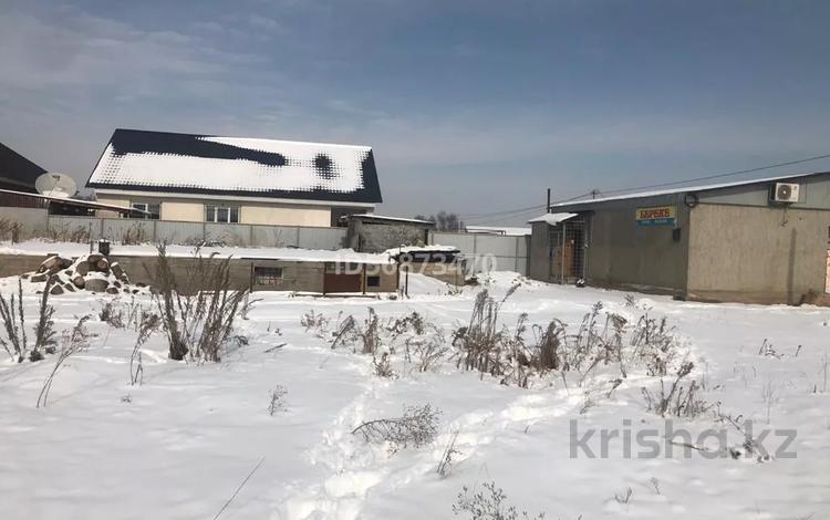2-комнатный дом, 50 м², 6 сот., мкр Рахат 77 — Мадениет за 10 млн 〒 в Алматы, Алатауский р-н