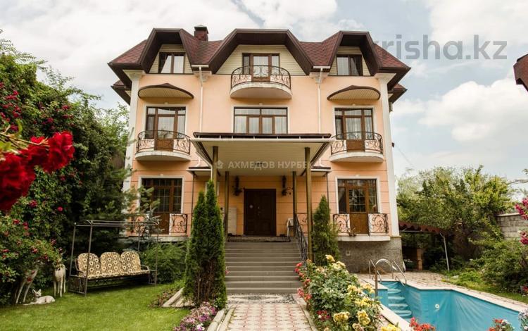 11-комнатный дом, 650 м², 9 сот., Оспанова за 160 млн 〒 в Алматы, Медеуский р-н