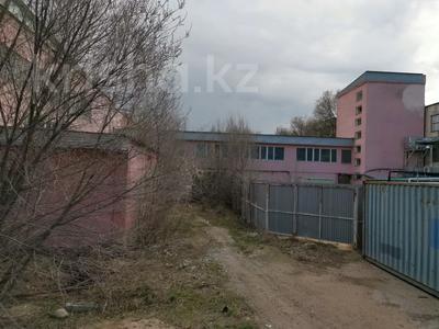 Здание, площадью 2458 м², ул. Индустриальная 10/3 за 145 млн 〒 в Капчагае — фото 4