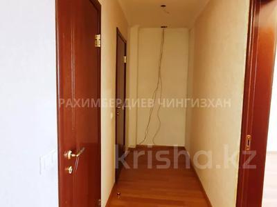 5-комнатная квартира, 200 м², 1/6 этаж, Ботанический сад 22 — Ходжанова за 90 млн 〒 в Алматы, Бостандыкский р-н — фото 17