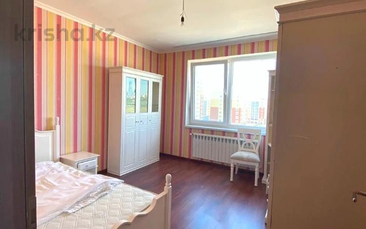 3-комнатная квартира, 90 м², 7/7 этаж, 38-я ул — проспект Улы Дала за 33 млн 〒 в Нур-Султане (Астана), Есиль р-н